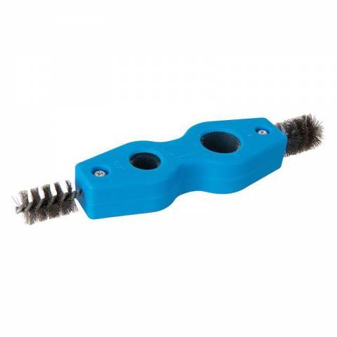 Brosse à ébavurer et nettoyer les tuyaux